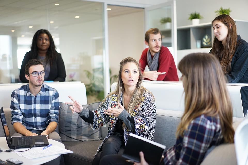 ayudas a la contratación a jóvenes abogados asesores pontevedra vigo