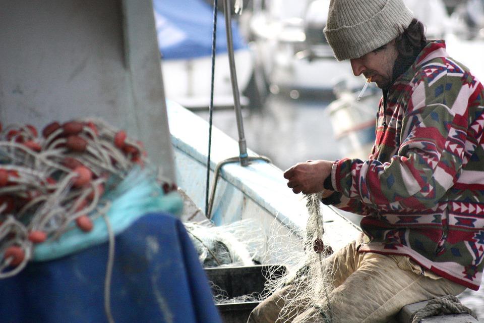 ayudas para inversiones que fomenten la pesca sostenible para tripulantes de buques pesqueros