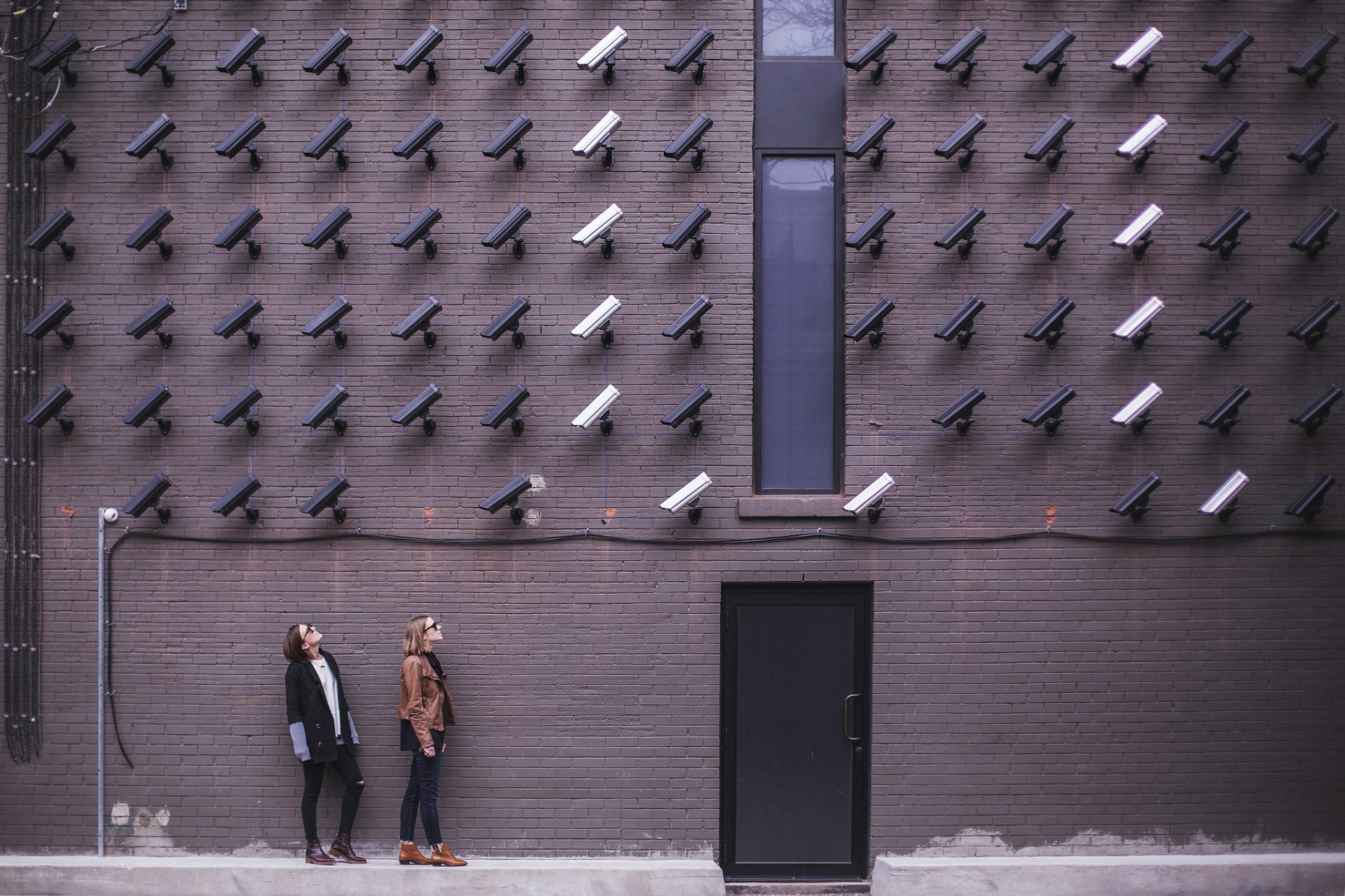 cámaras de vidiovigilancia en el centro de trabajo